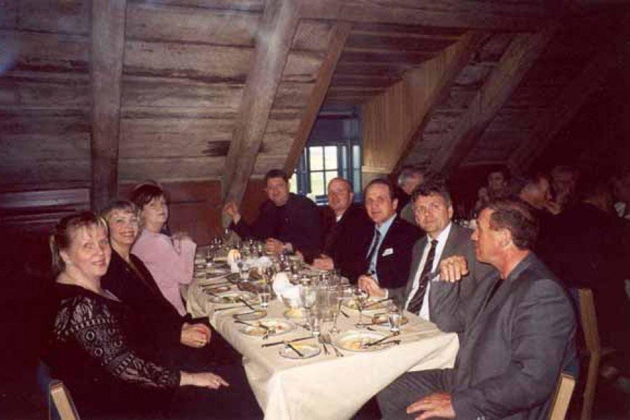 Árshátíð Vísis 2002 í Viðey